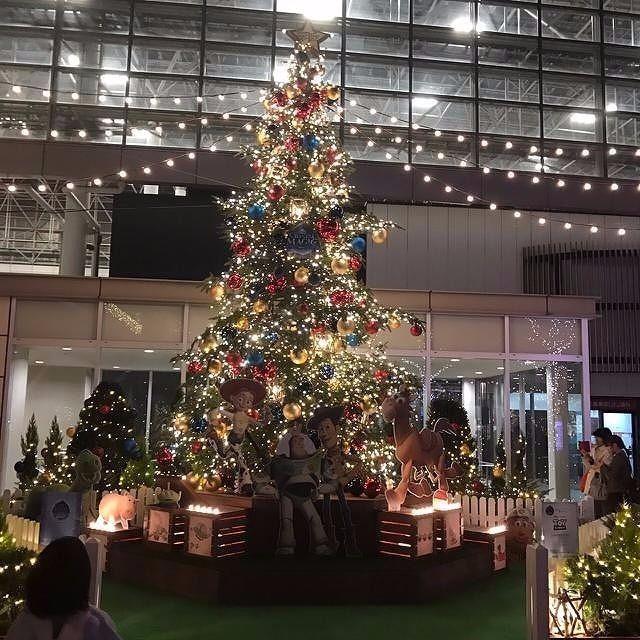 クリスマス・ツリーたまプラーザ駅北口 2016年 たまプラーザ クリスマス